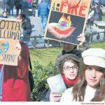 12-03-2019 - REPUBBLICA MILANO  Studenti e ambientalisti la piazza che difende il clima . Il giorno dei ragazzi in marcia