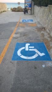 stalli per disabili in via Vasco De Gama