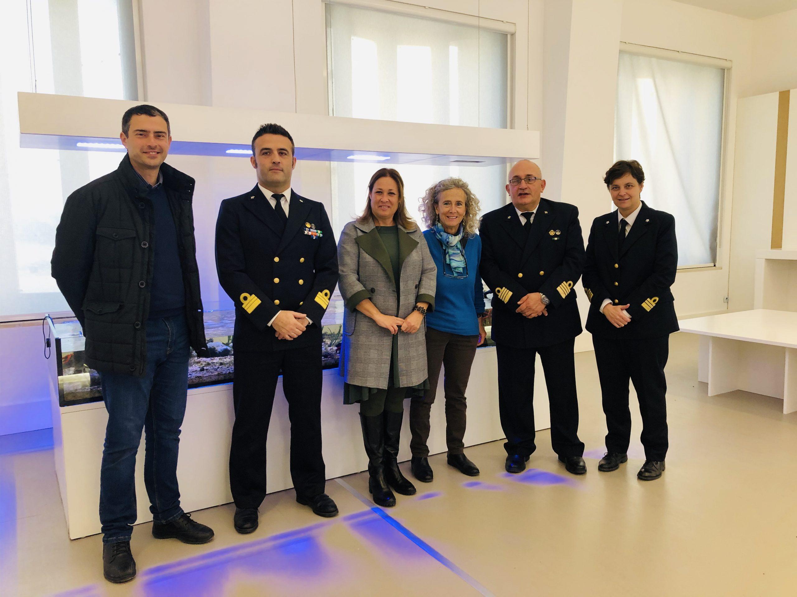 scambio delgi auguri per le festività natalizie nella sede dell'Area Marina Protetta Plemmirio