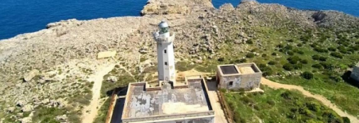 Siracusapost.it – Siracusa, Faro di Capo Murro di Porco: il Demanio firma l'atto di concessione per 50 anni a giovane imprenditore
